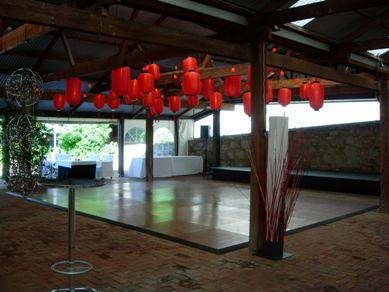 Hardys Reynella Winery Chinese Lanterns & Bud Light Balls