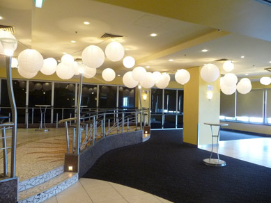 Oaks Pier Sol Bar White Paper Lanterns
